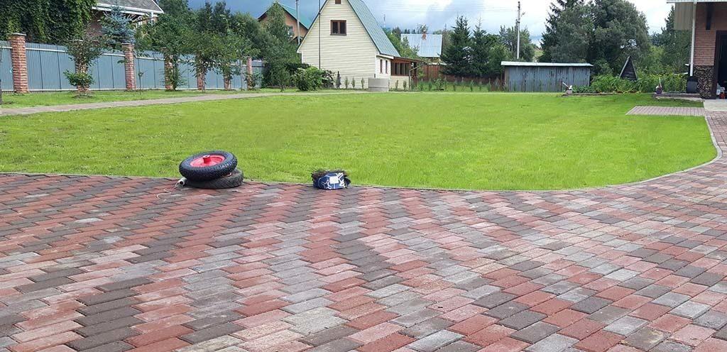 укладка газона в Москве